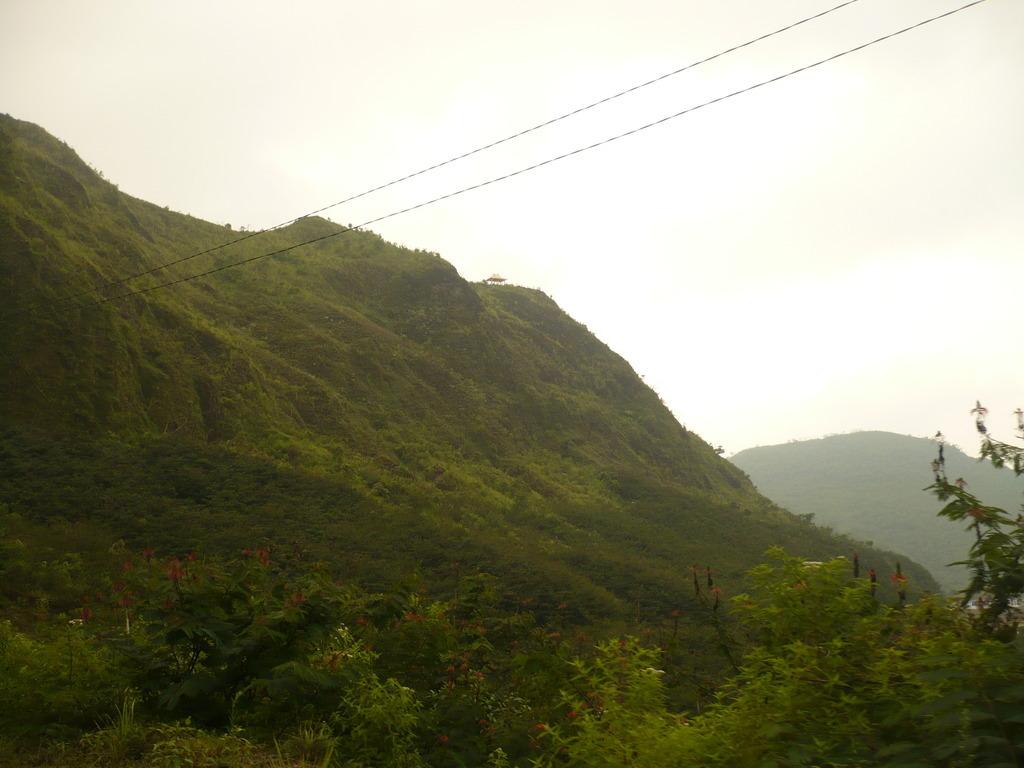Gazebo di puncak Gunung Kelud