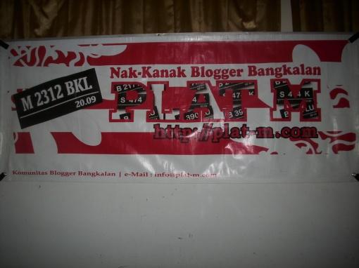 Banner Plat M