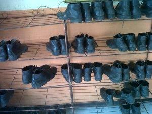 sepatu bdk