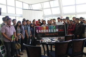 Foto bersama peserta Cangkru'an Cloud Computing