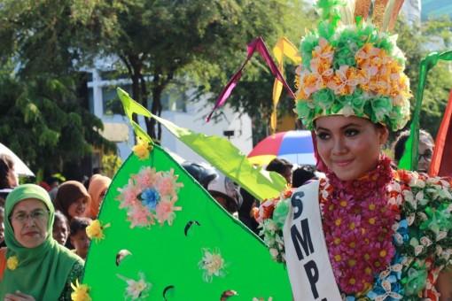 foto pawai budaya surabaya 002